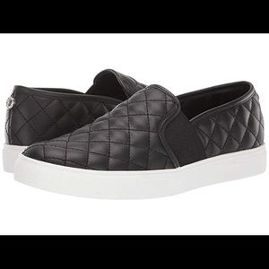 Steve Madden | Black Endell Slip-on Sneakers